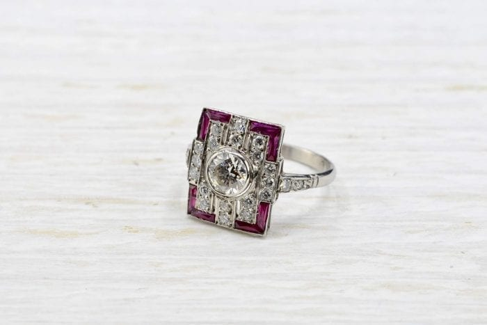 bague art déco rubis diamants
