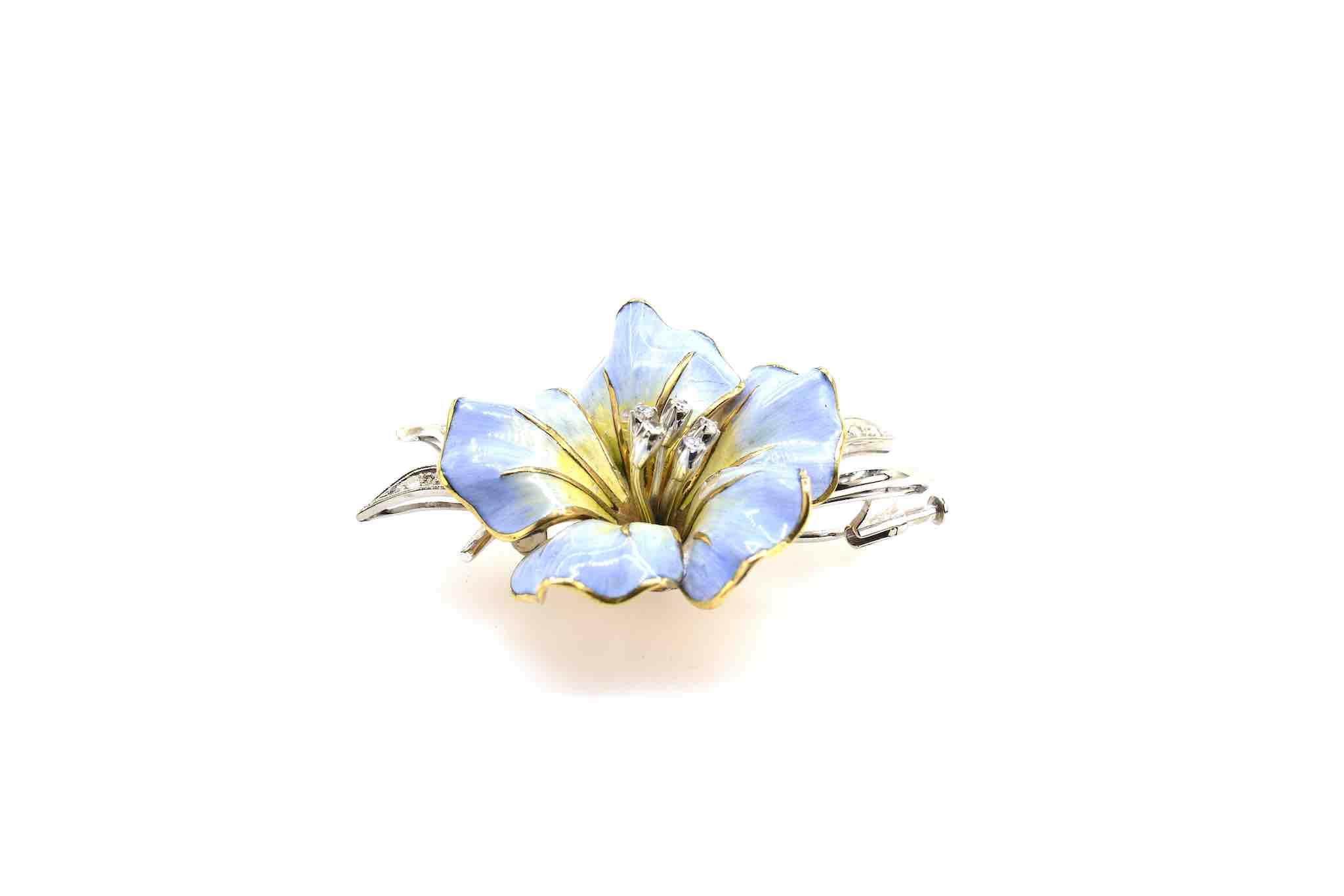 broche fleur émail