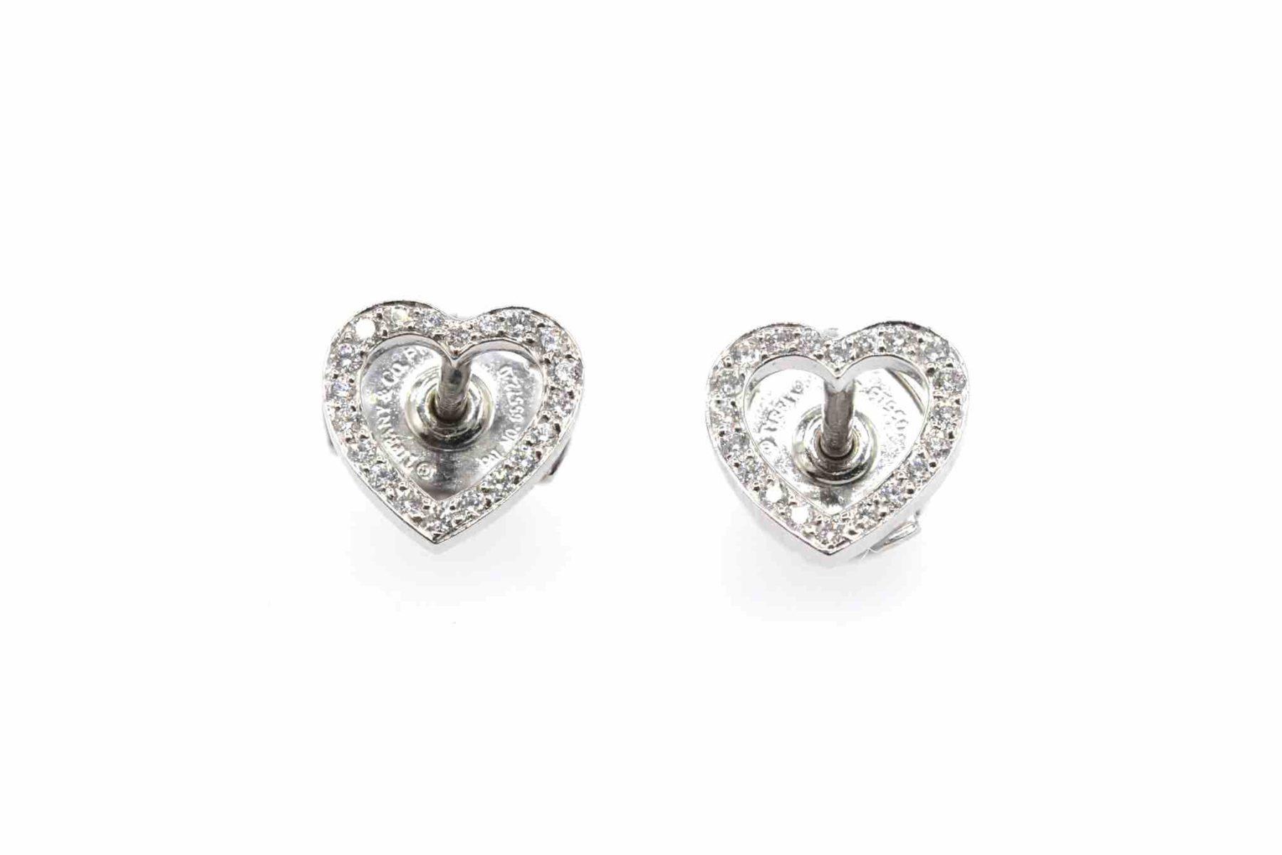 boucles d'oreilles coeurs diamants signées