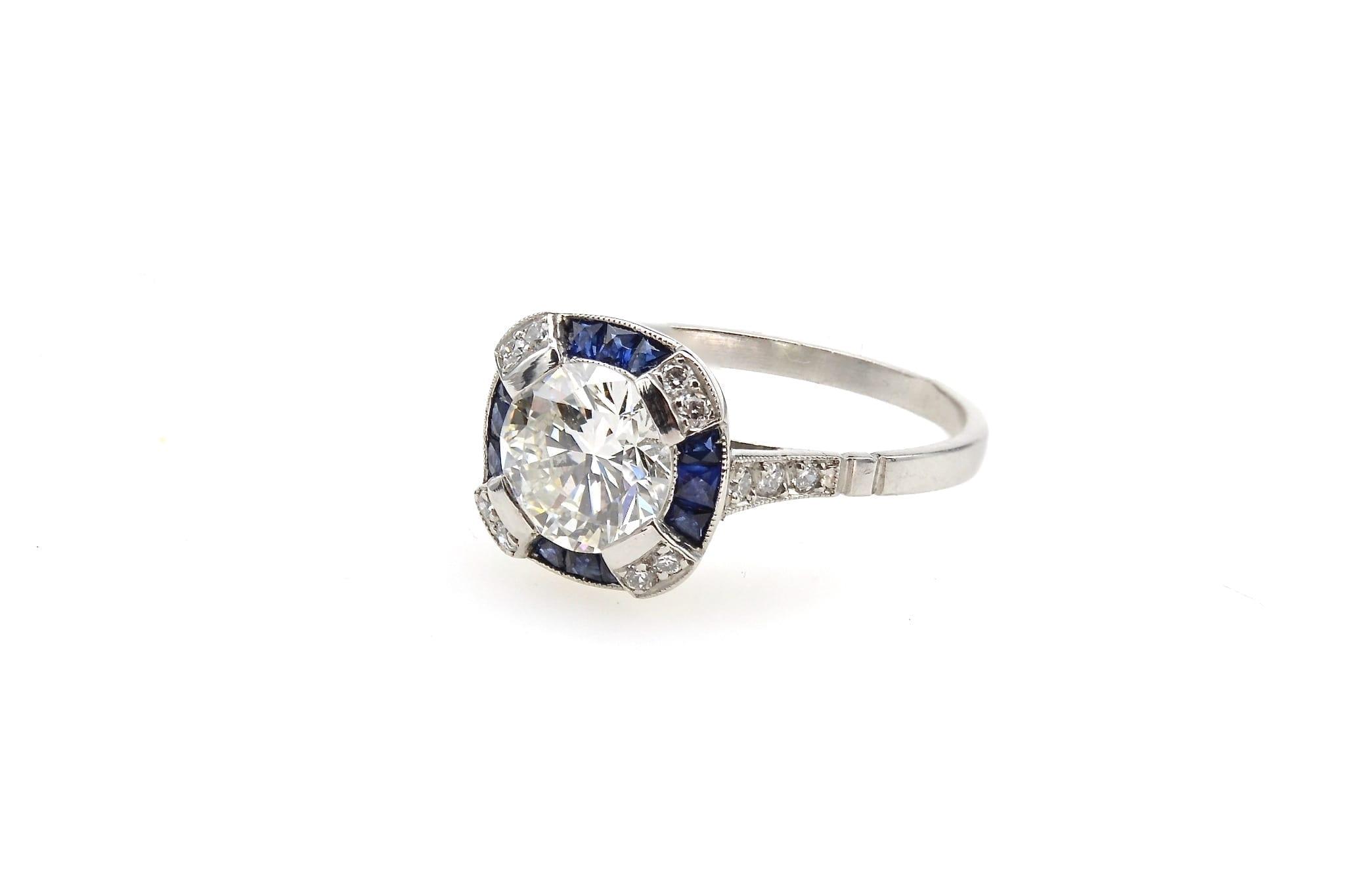 Bague Art Déco diamant et saphirs en platine