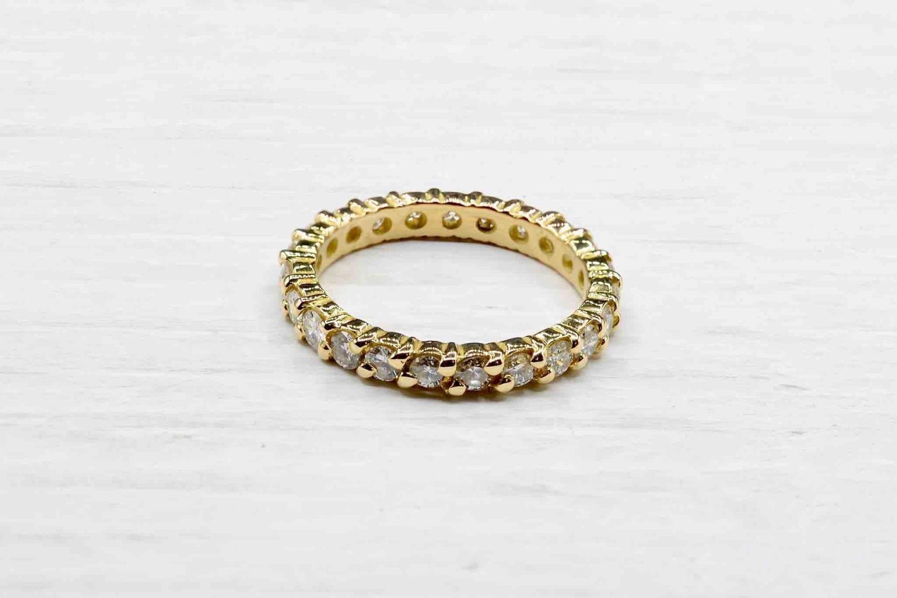 alliance diamant en or jaune 18k