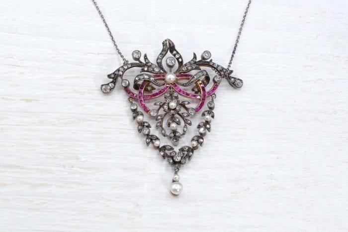 Collier ancien rubis calibrés diamants et perles fines