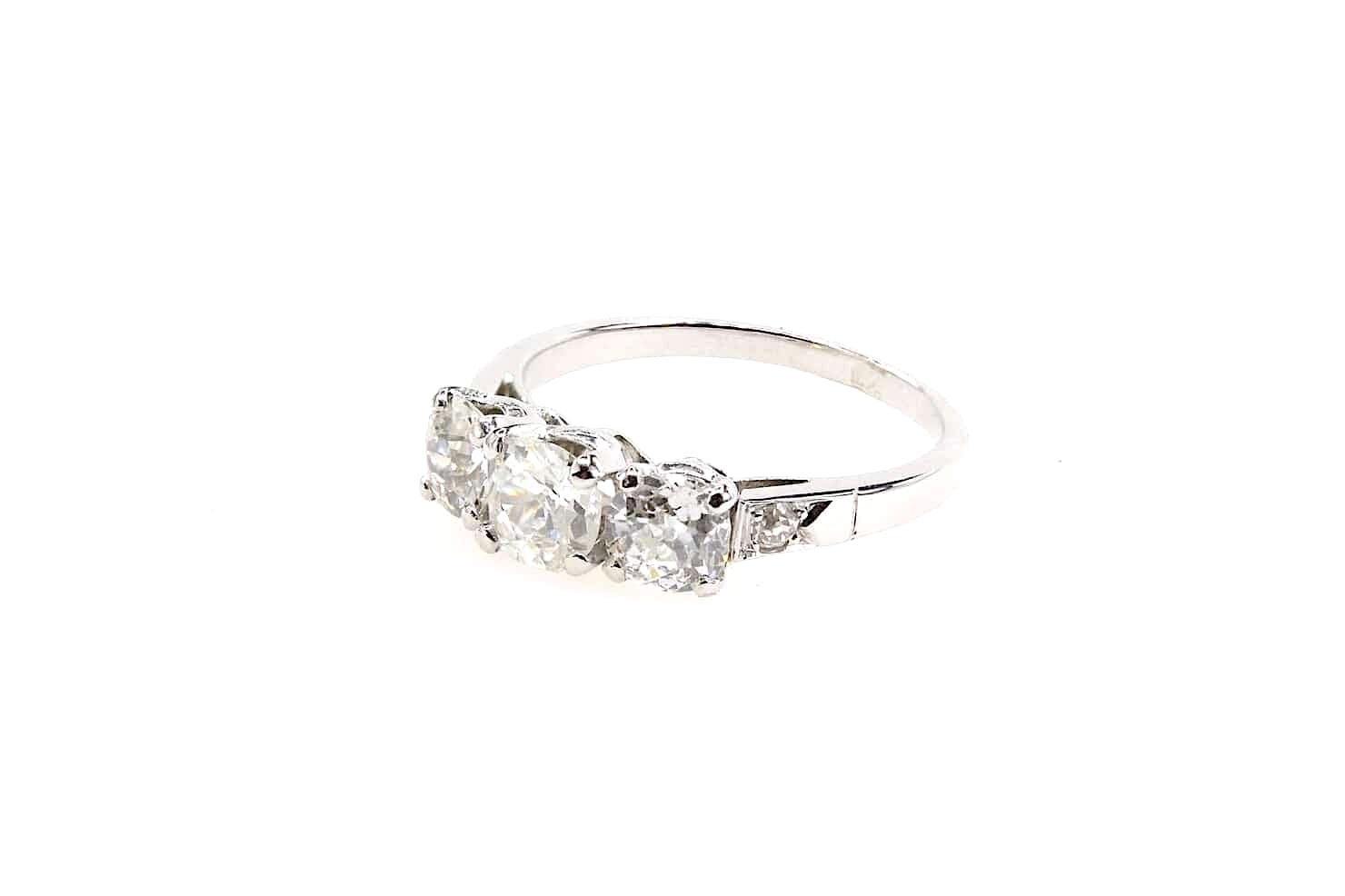 bague trilogie diamants en or blanc