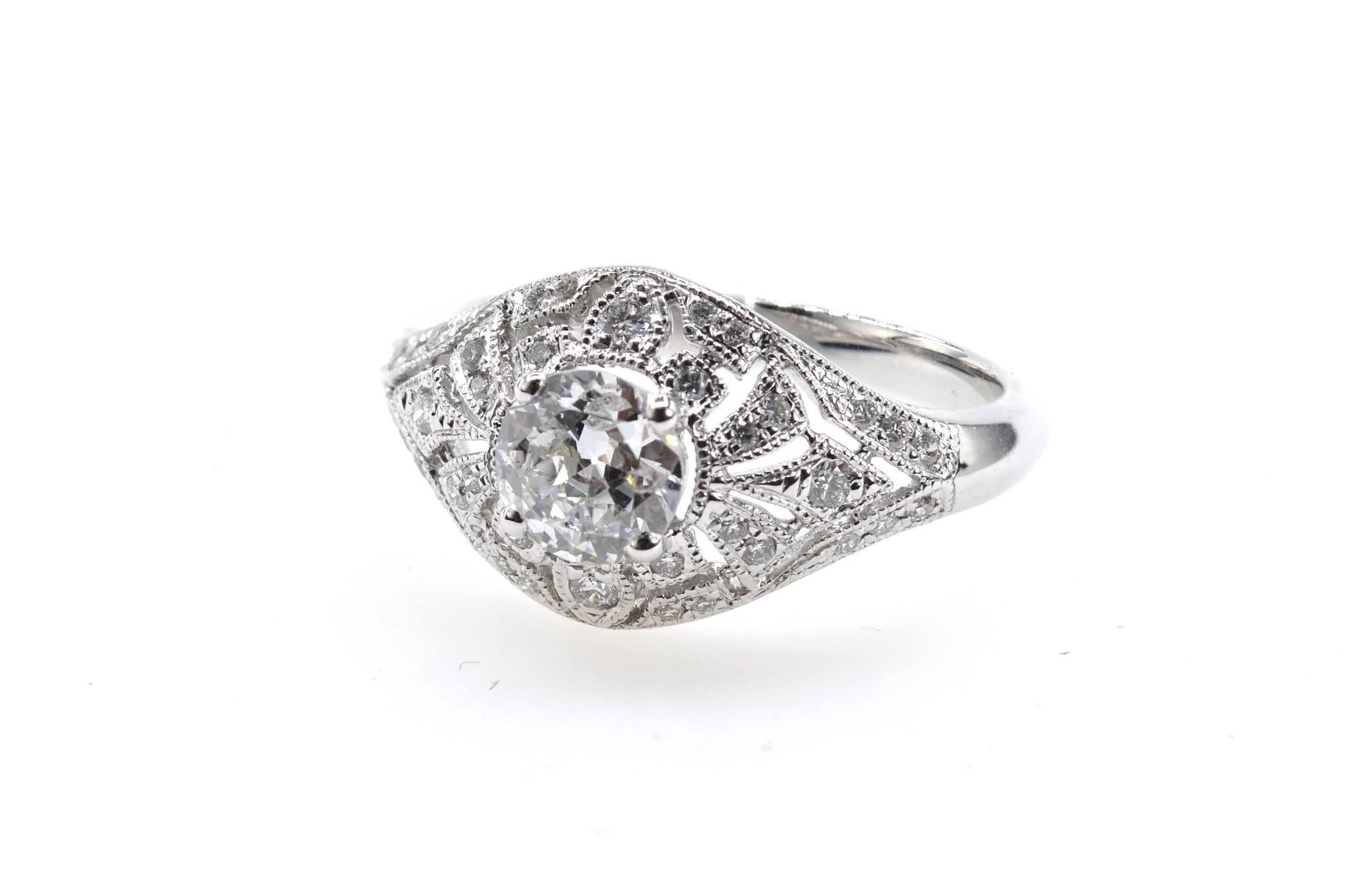 Bague diamants de style vintage ajourée en or blanc 18k