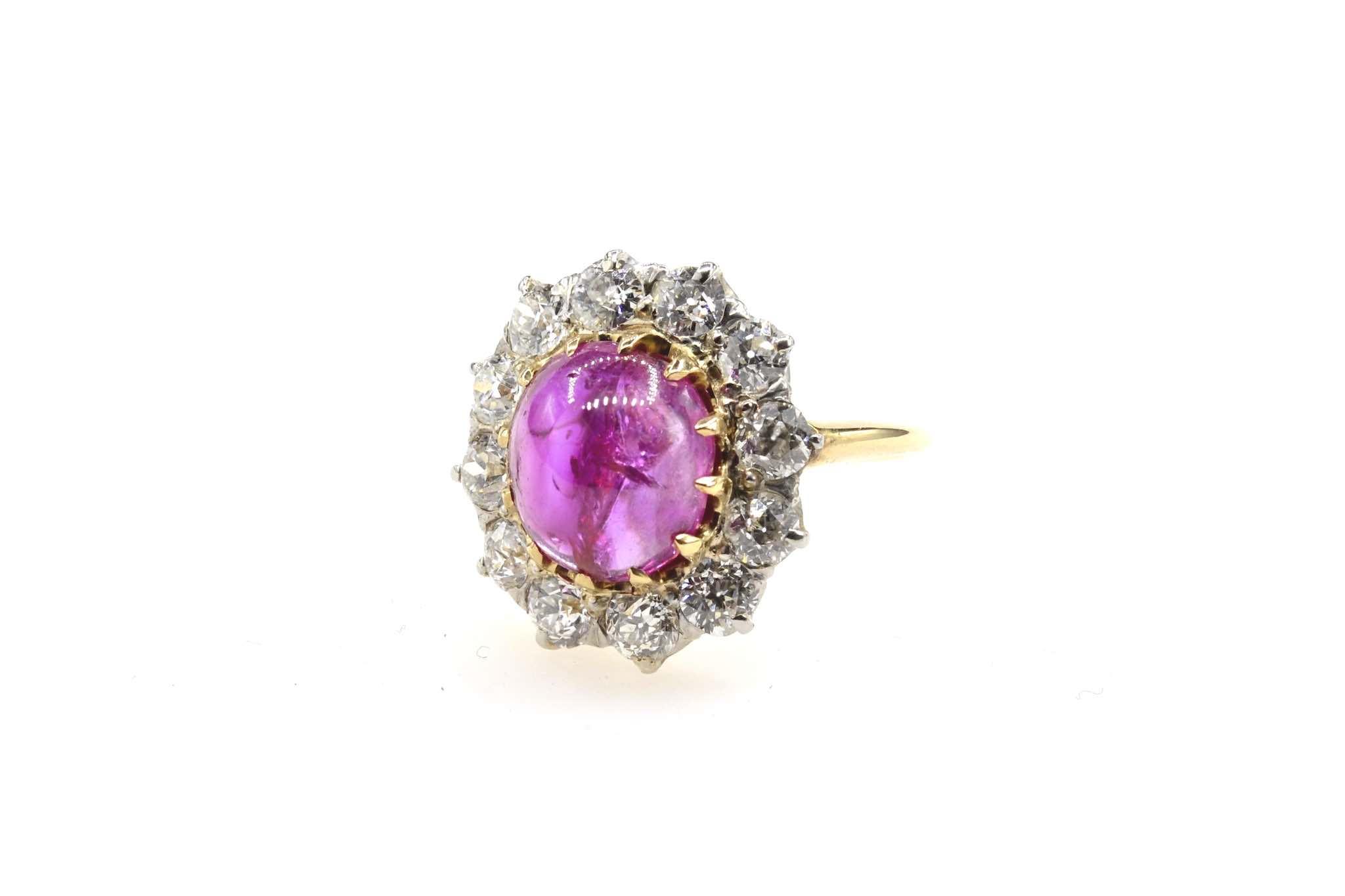 Bague ancienne rubis cabochon diamants