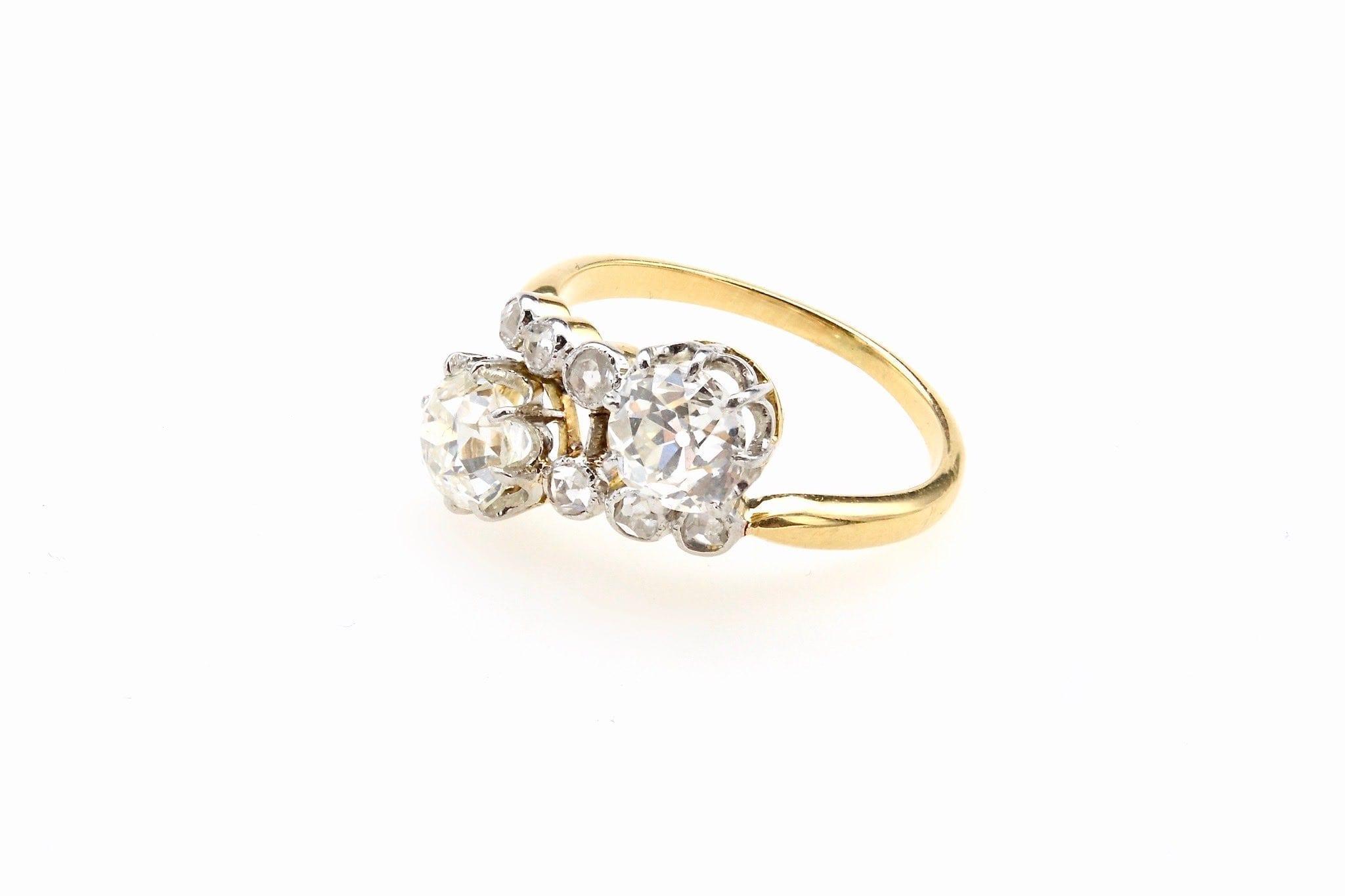 """Bague ancienne 1900 diamants """"toi et moi"""""""