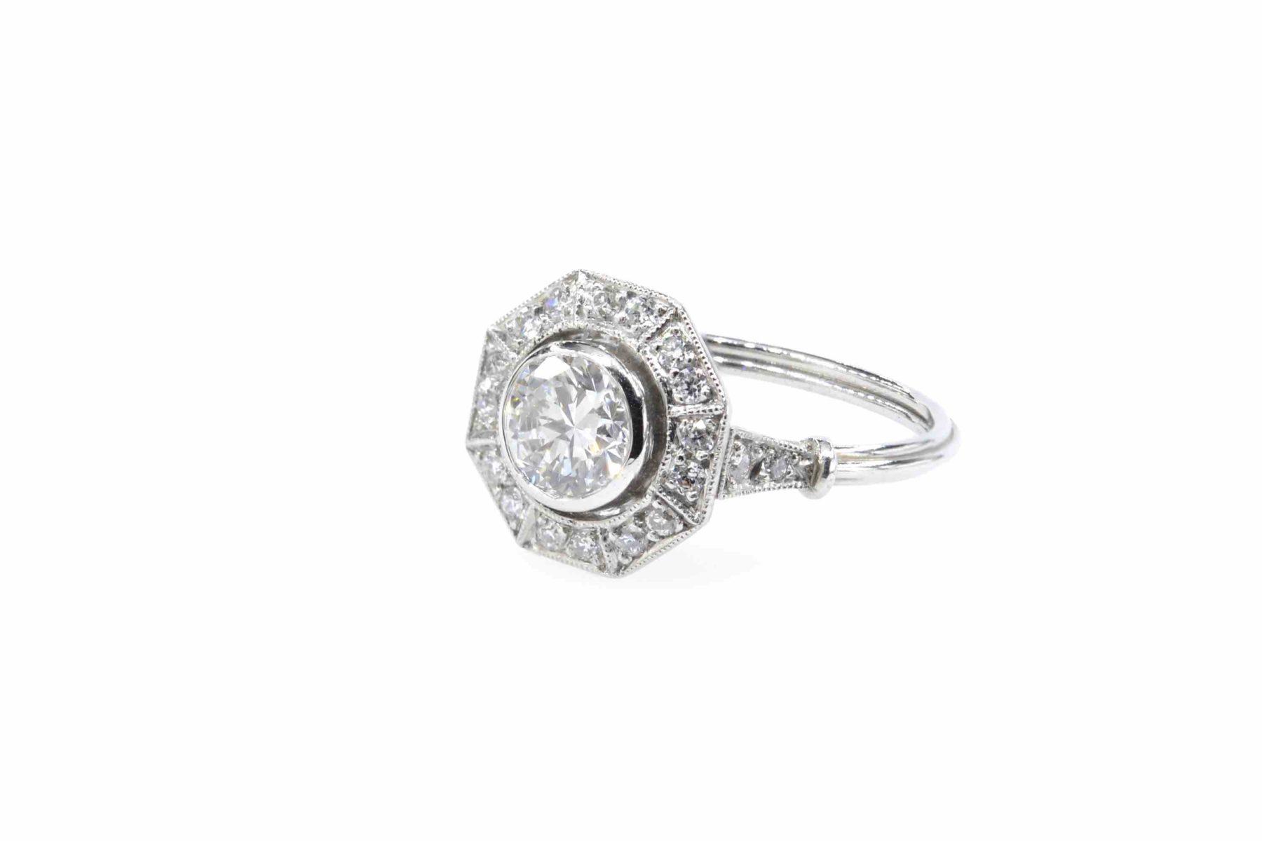 Bague diamant octogonale en platine