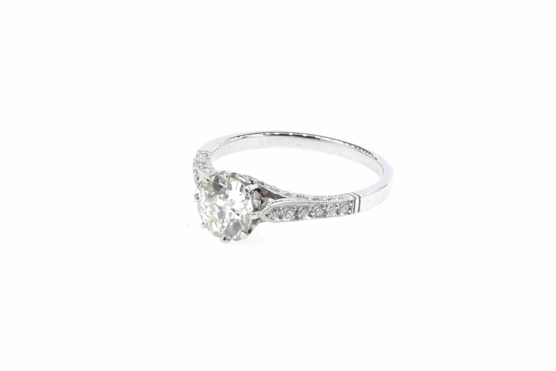 Bague solitaire diamants en platine