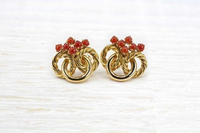 Boucles d'oreilles or et corail