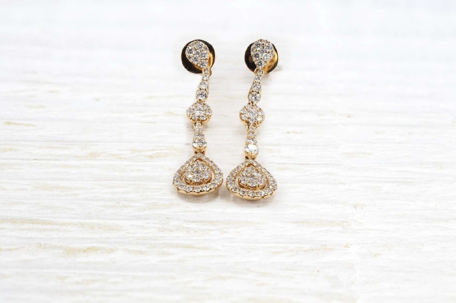 boucles d 'oreilles diamants