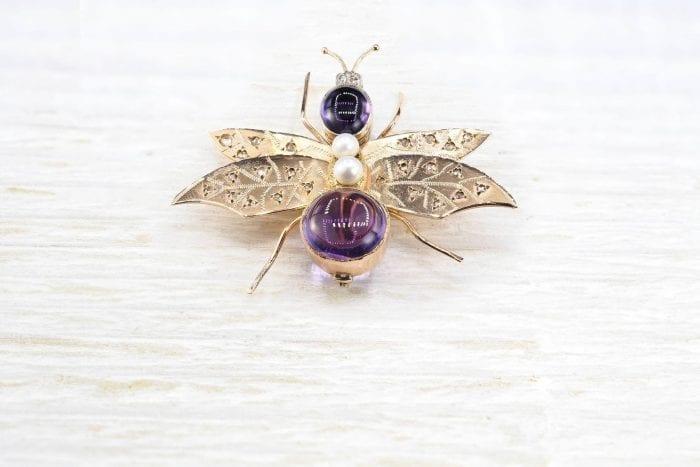 Broche insecte améthystes perles et diamants