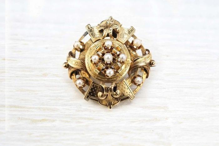 Broche 19e en or 18k sertie de perles fines