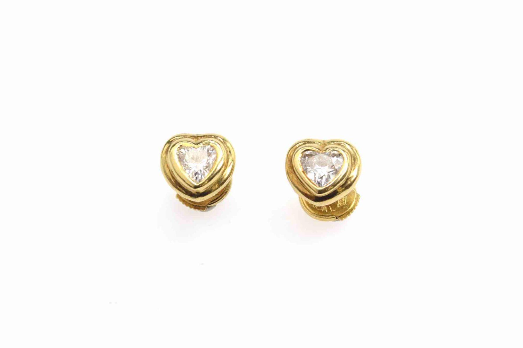 boucles d'oreilles diamants en coeur
