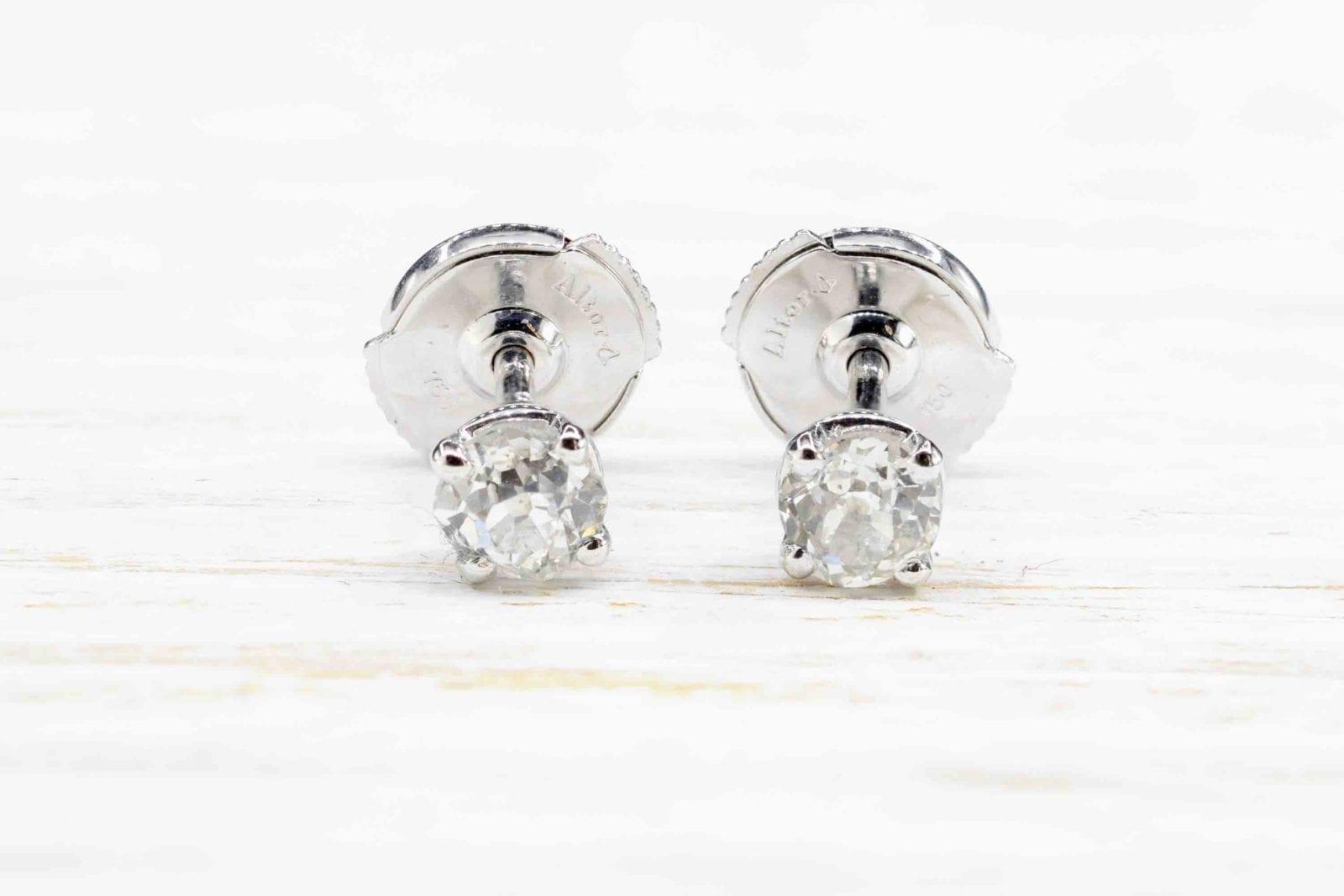 Boucles d'oreilles diamants puces en or blanc 18k