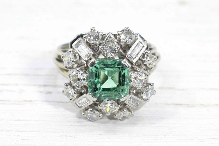 Bague 1950 diamants et émeraude