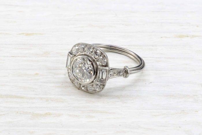 Bague Art Déco diamant en platine