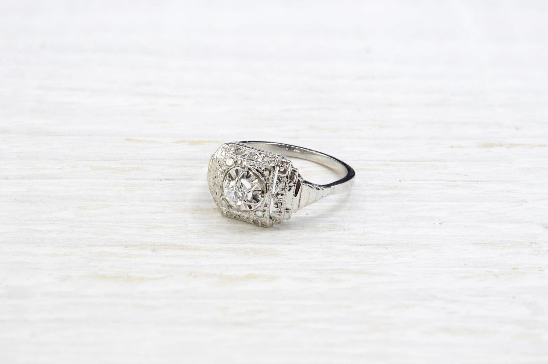 Bague Art-Déco diamant