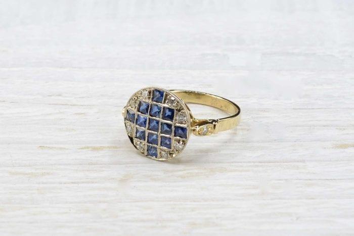 Bague ancienne saphirs et diamants en or jaune 18k