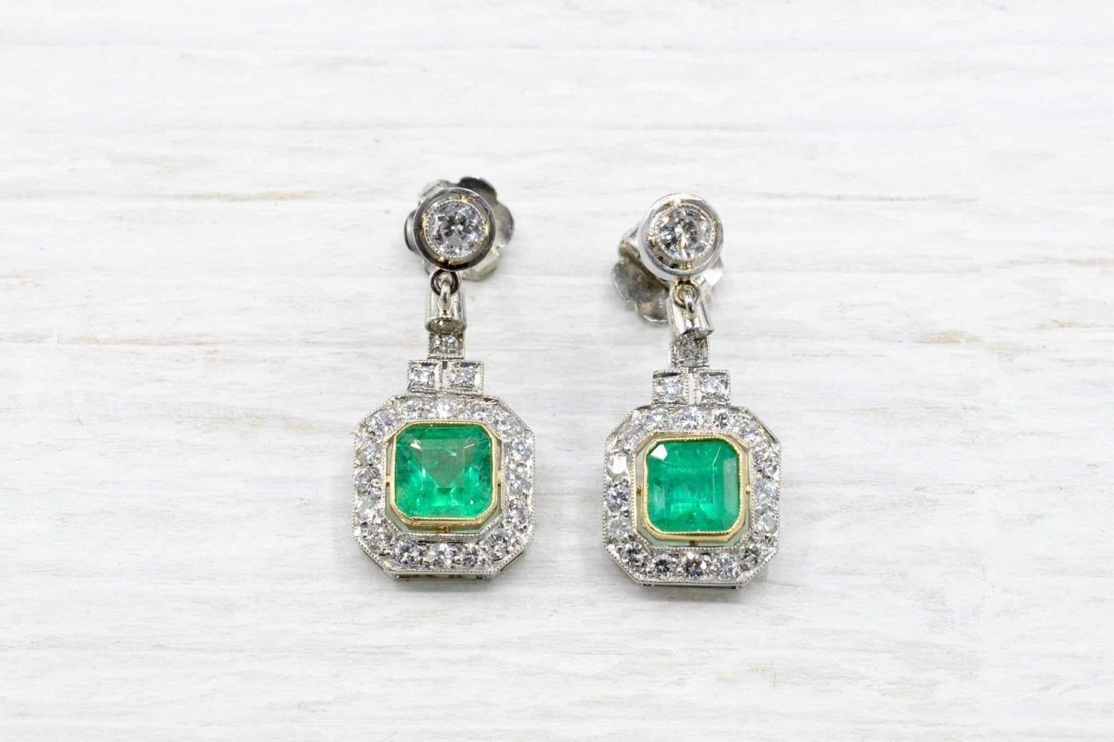 Boucles d'oreilles émeraudes diamants
