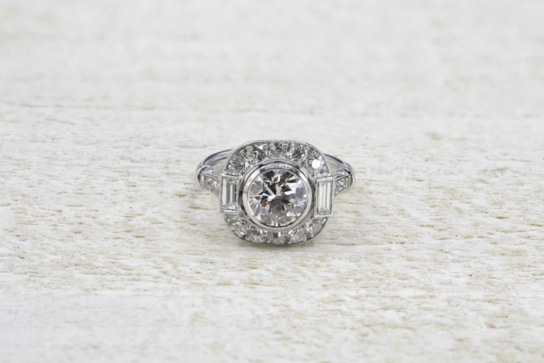 Bague vintage diamants taille ancienne