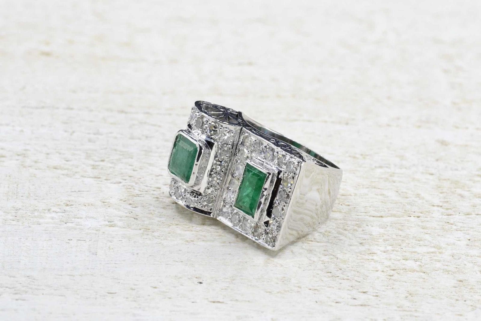 Bague Emeraudes diamants