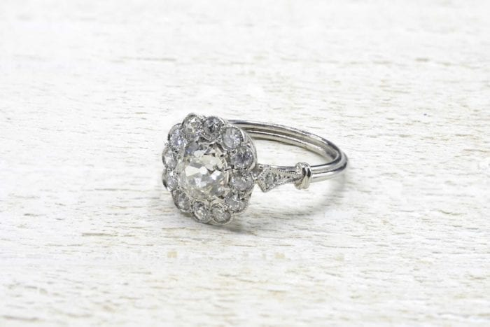 Bague pompadour diamants en platine