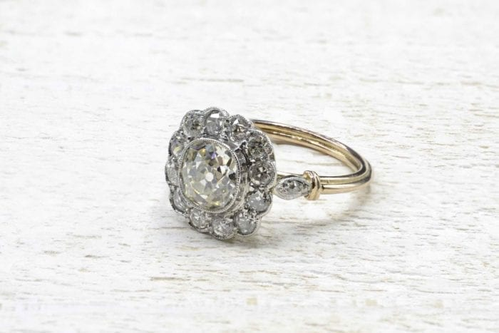 Bague marguerite vintage diamants en or 18k