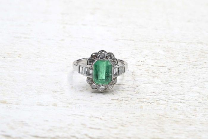 Bague vintage émeraude et diamants