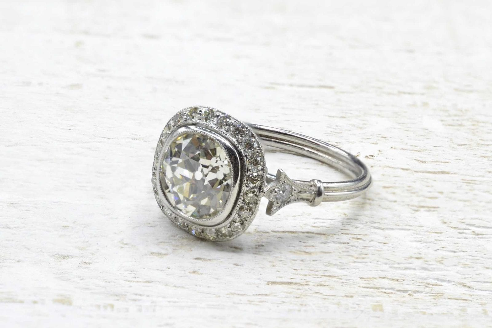 bague vintage diamant en platine