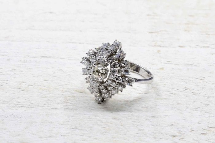 Bague diamants vintage en or blanc 18k