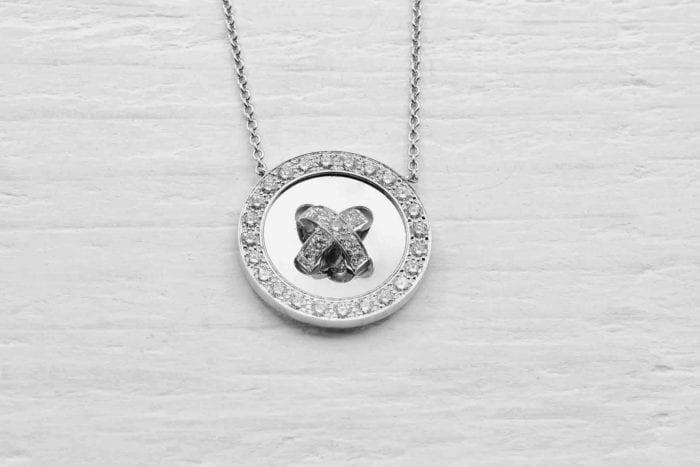 Pendentif Van Cleef diamants en or blanc 18k