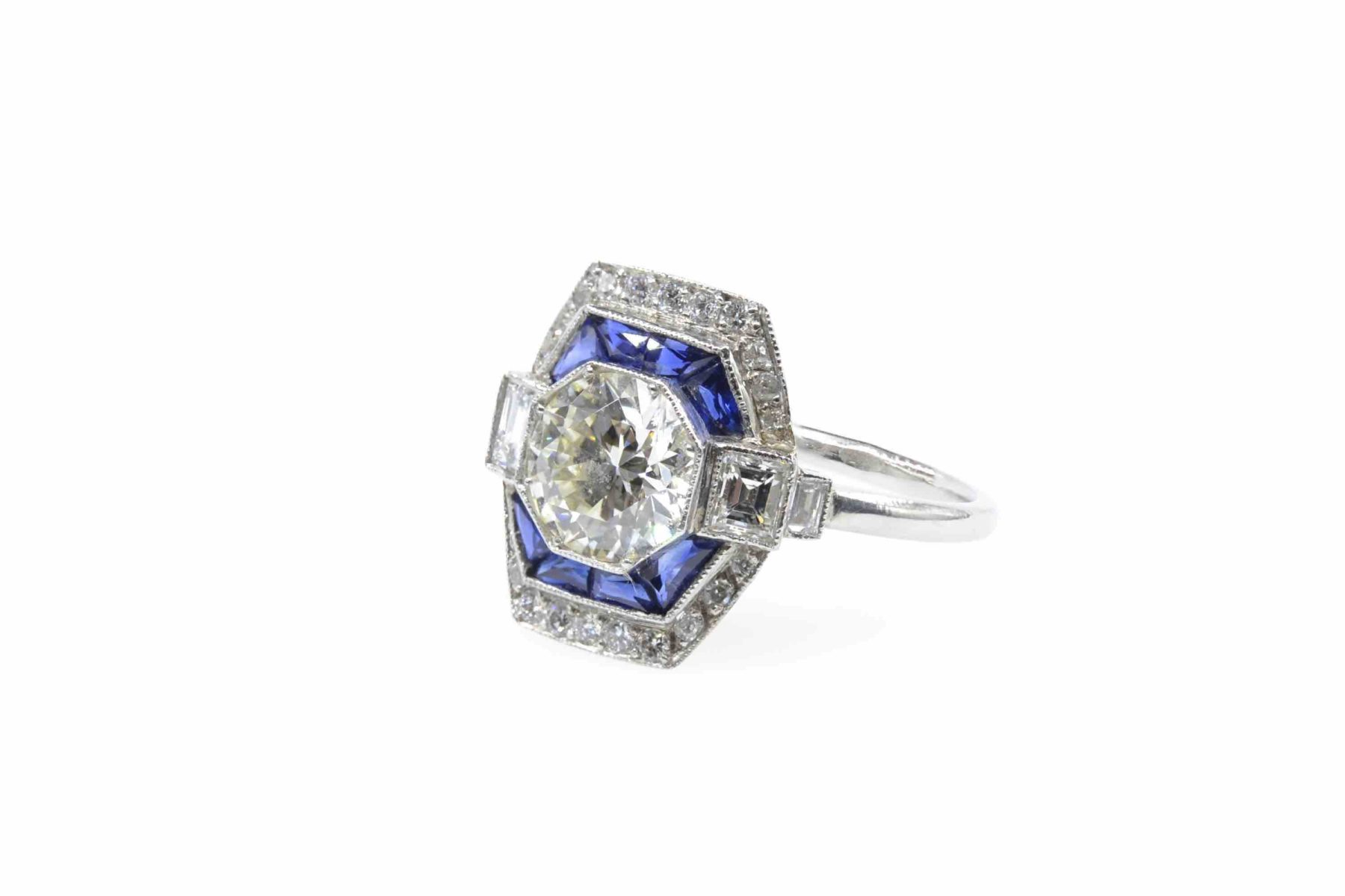 Bague Art Déco diamant et saphirs