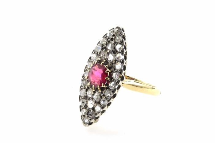 bague marquise rubis et diamants des années 1900