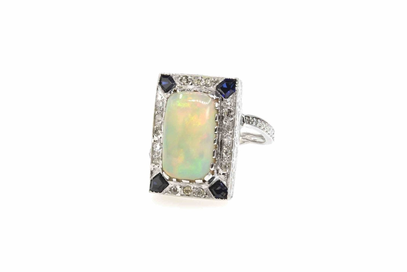 bague opale et diamants en or 18k