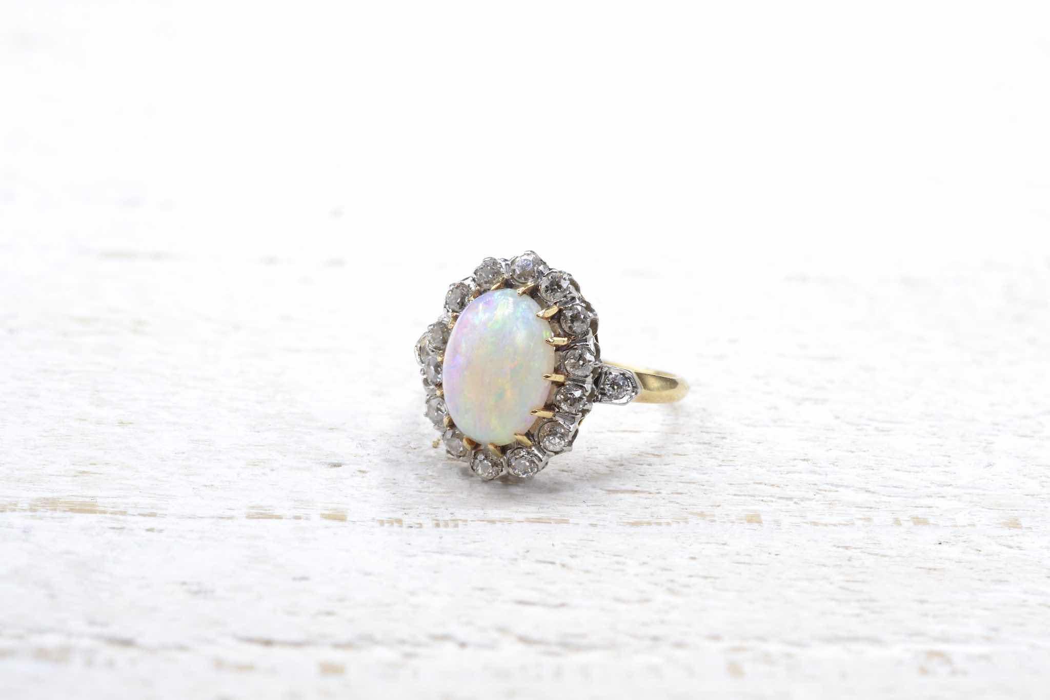 bague pompadour opale