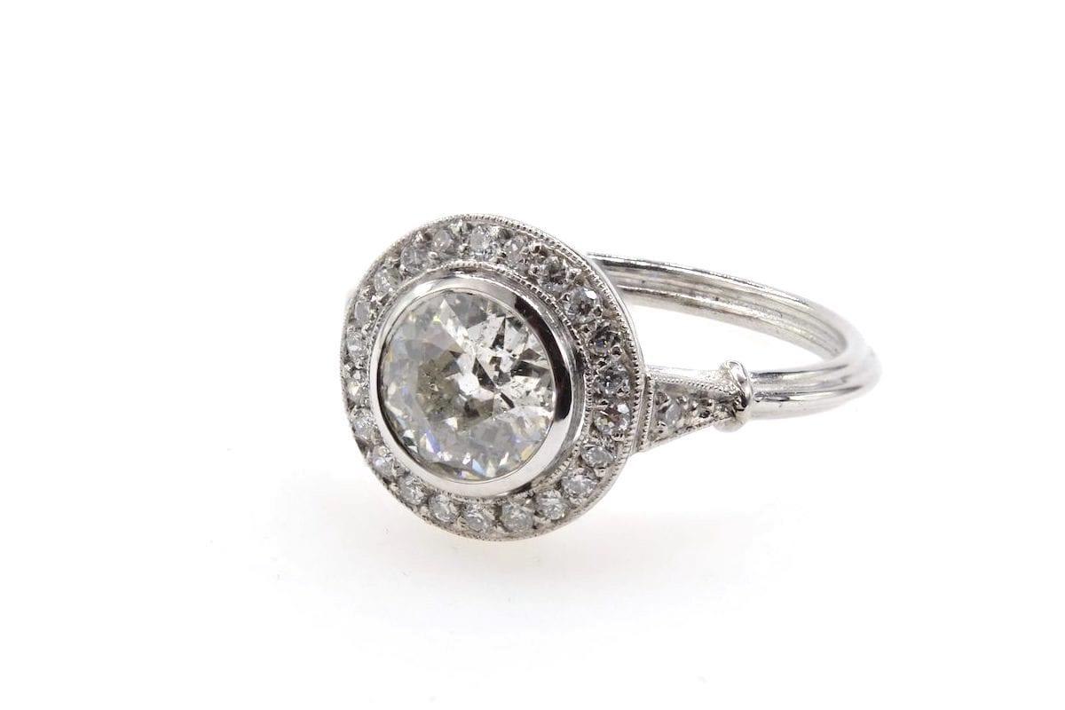 bague entourage diamants vintage