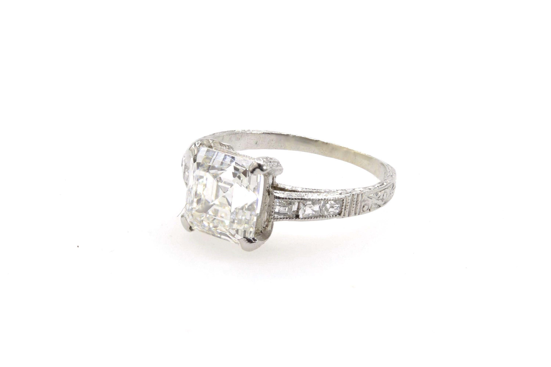 Bague diamant solitaire Art Déco en platine
