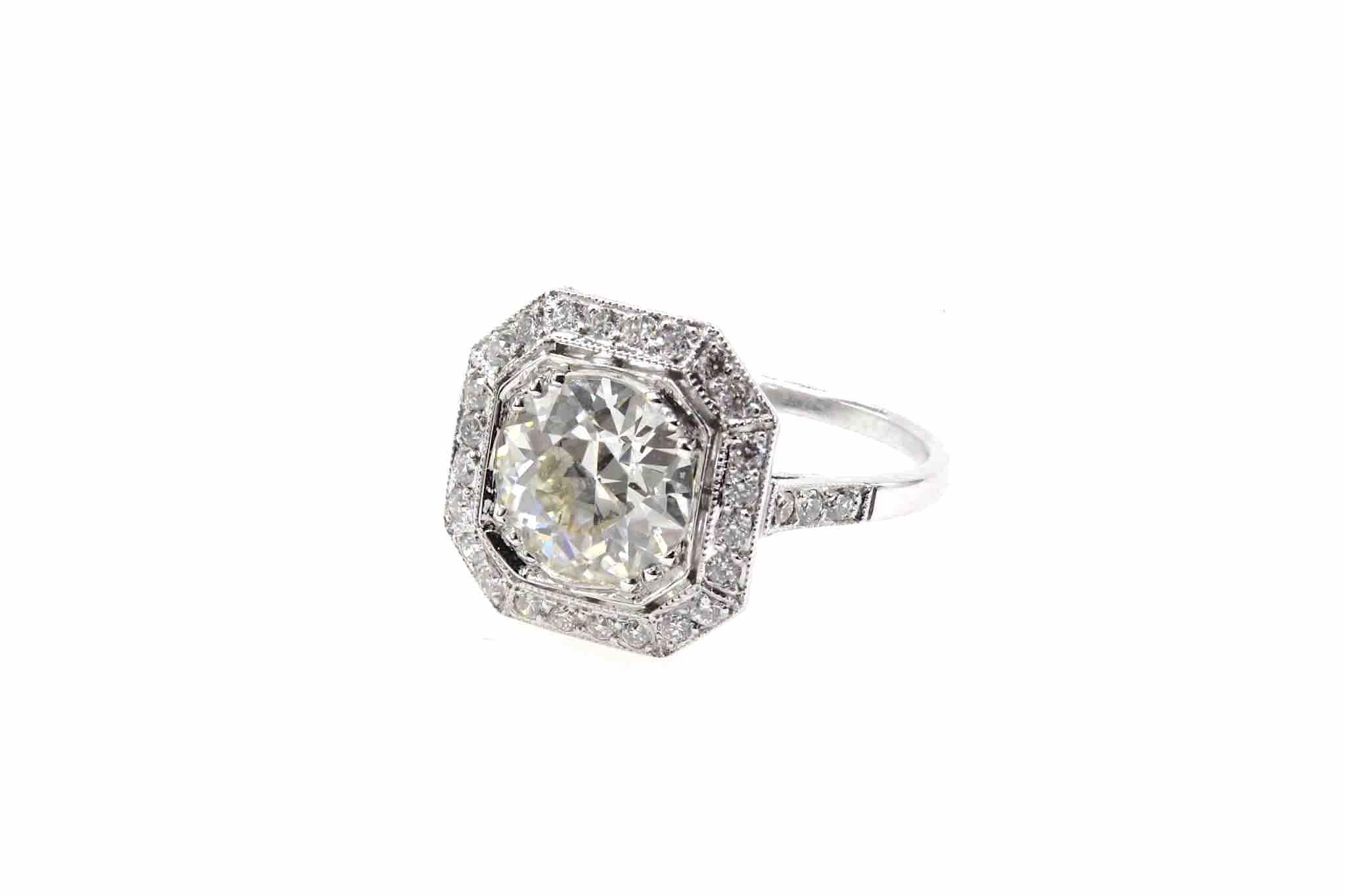 Bague diamant taille coussin de 1,59 cts J / SI1