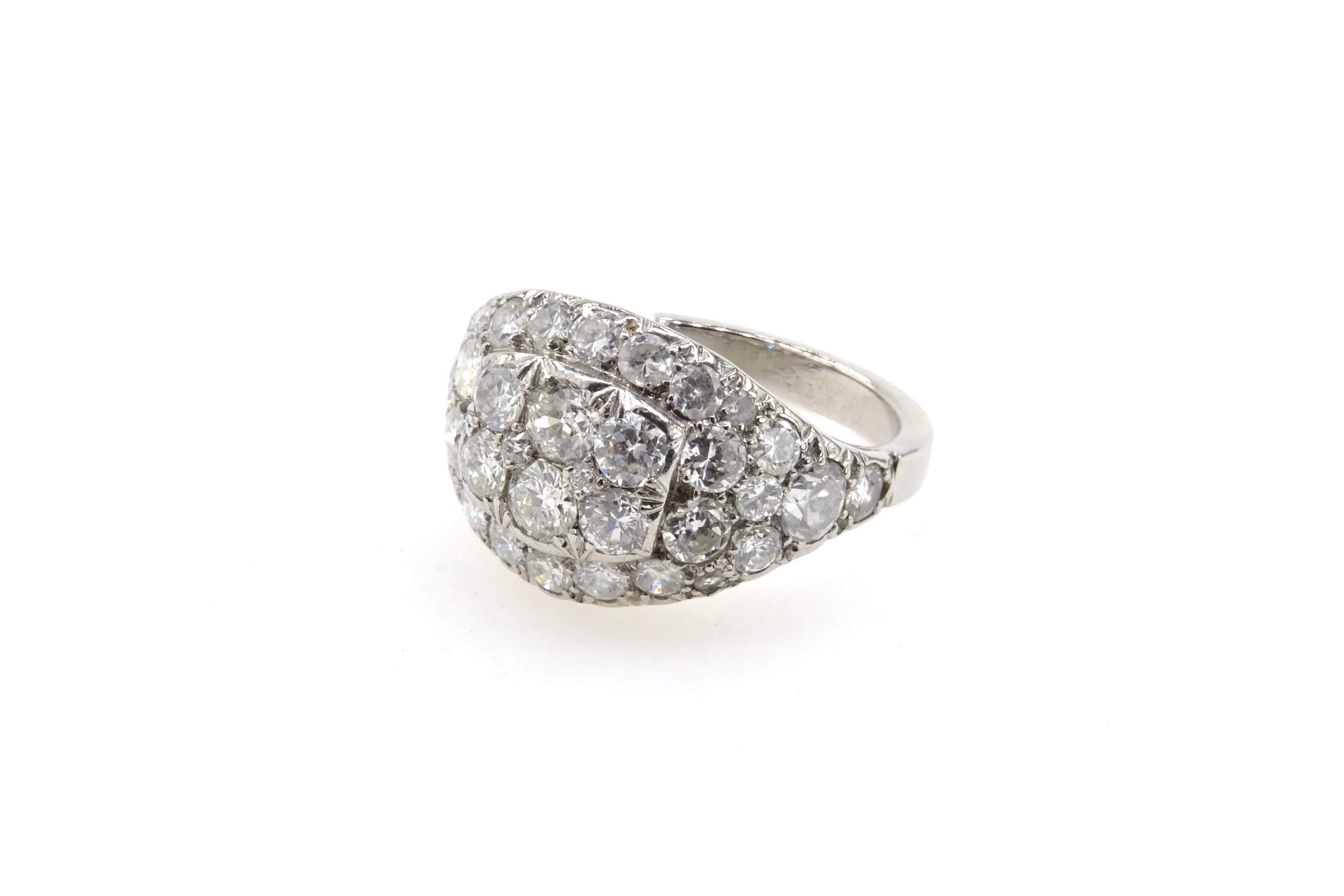 Bague ancienne bandeau pavée de diamants