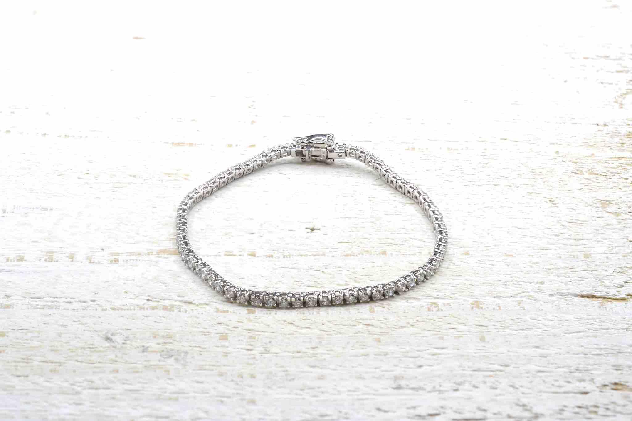 bracelet ligne diamants