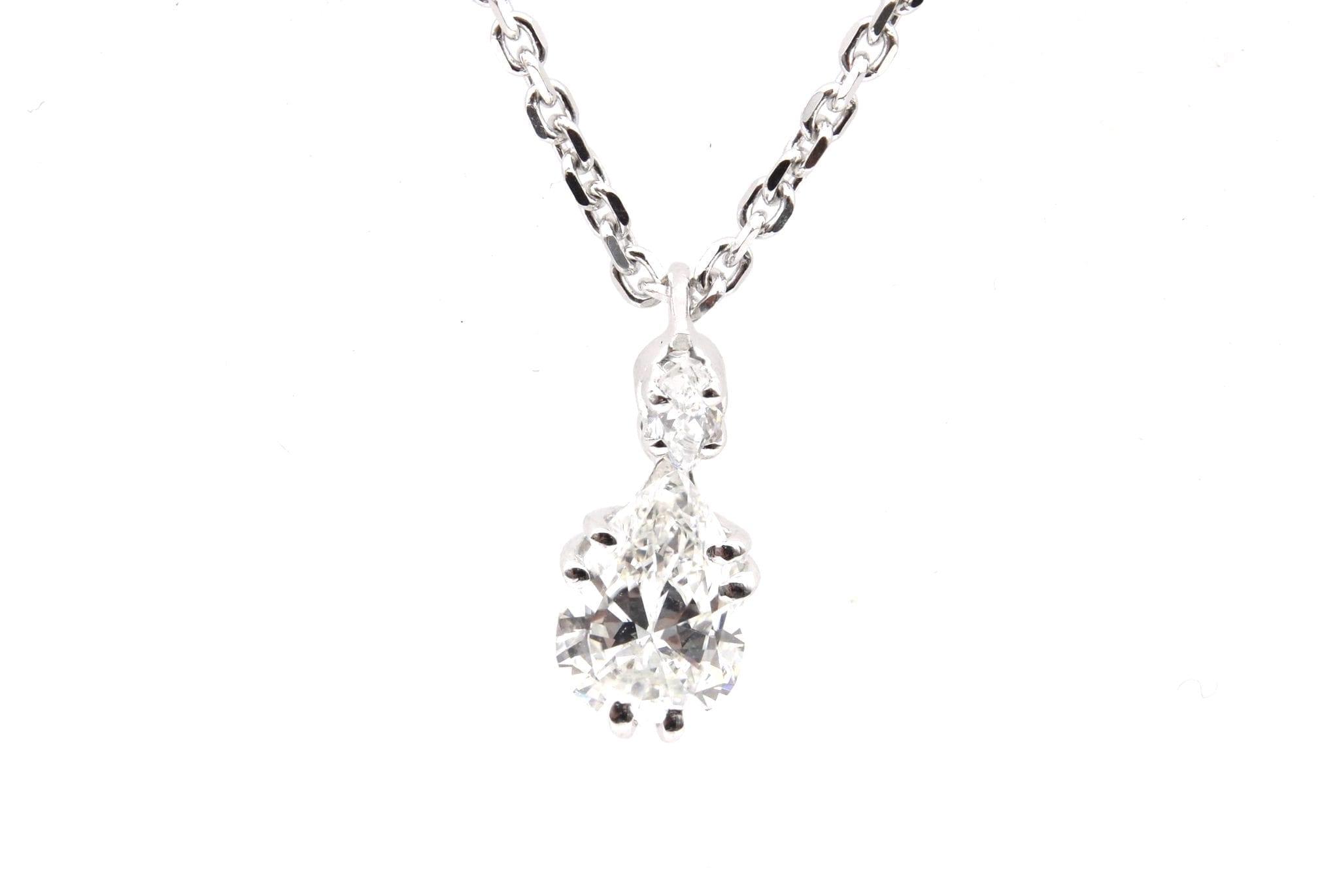 Collier pendentif diamant poire en or blanc 18k
