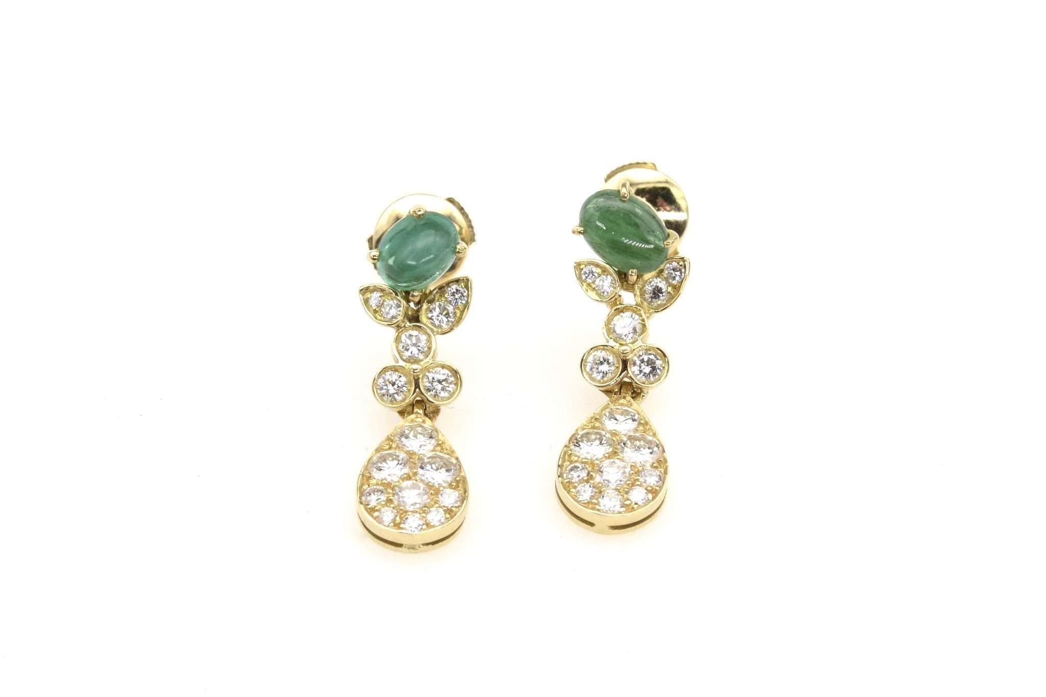 Boucles d'oreilles diamants, rubis et saphir