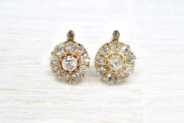 Boucles d'oreilles anciennes diamants et or jaune 18k
