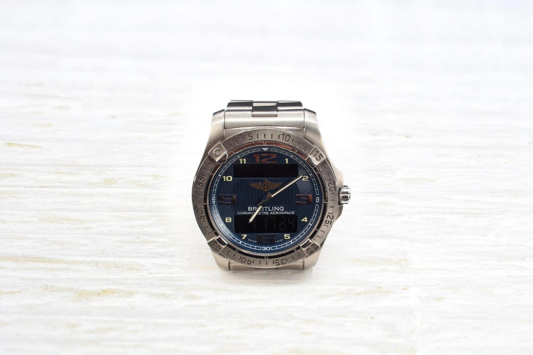 Montre Breitling Chronomètre Aerospace en titane à quartz