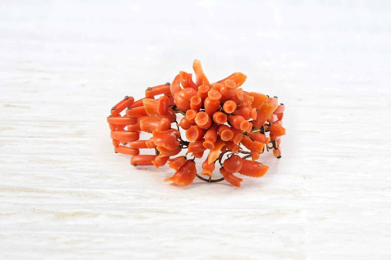 bracelet ancien corail