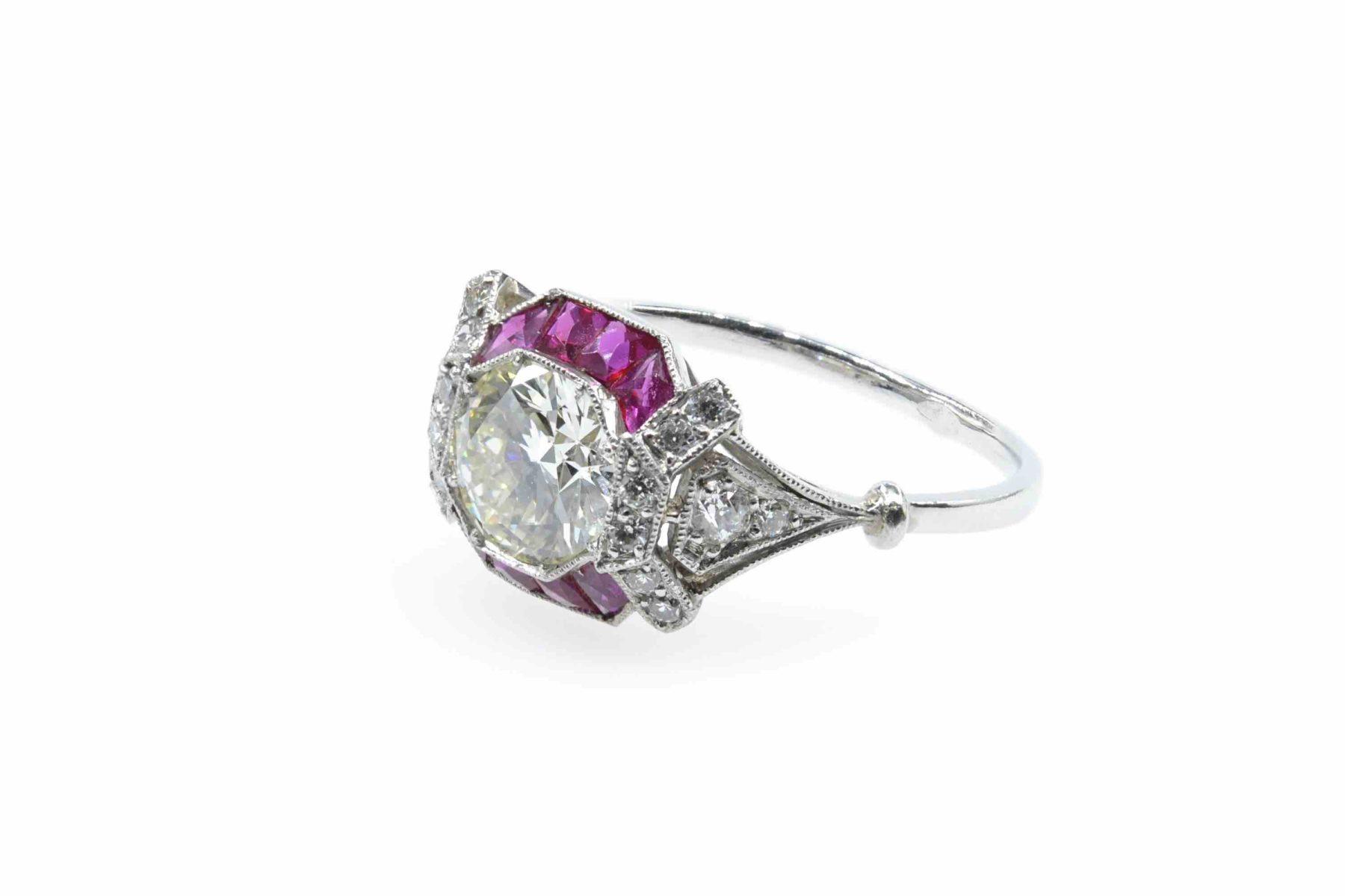 Bague ancienne Art Déco diamants et rubis
