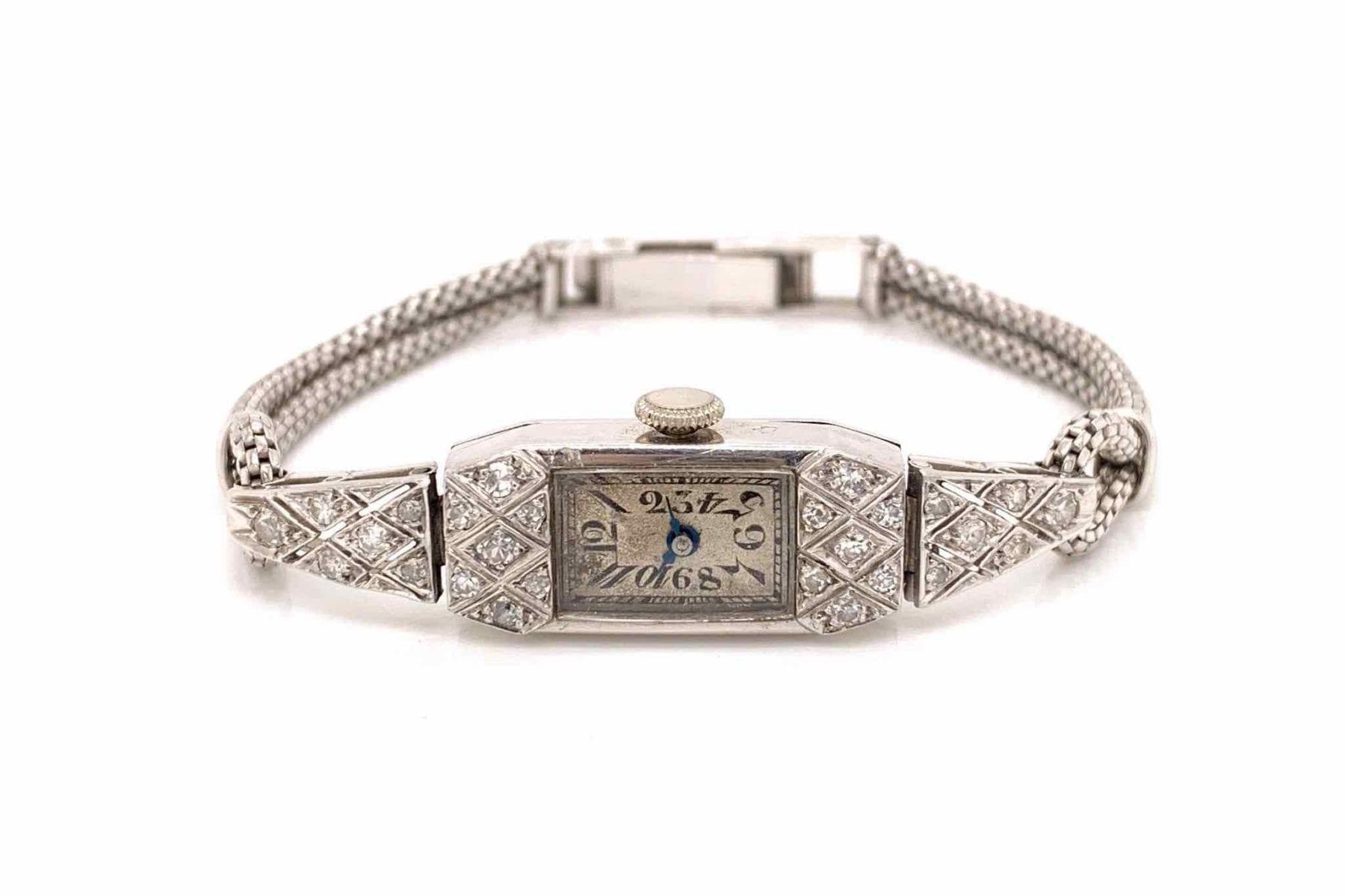 montre des années 1930 diamants et platine