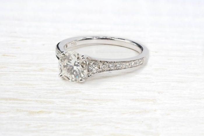 Solitaire diamant 1,06 cts H/pur 10x en or blanc 18k