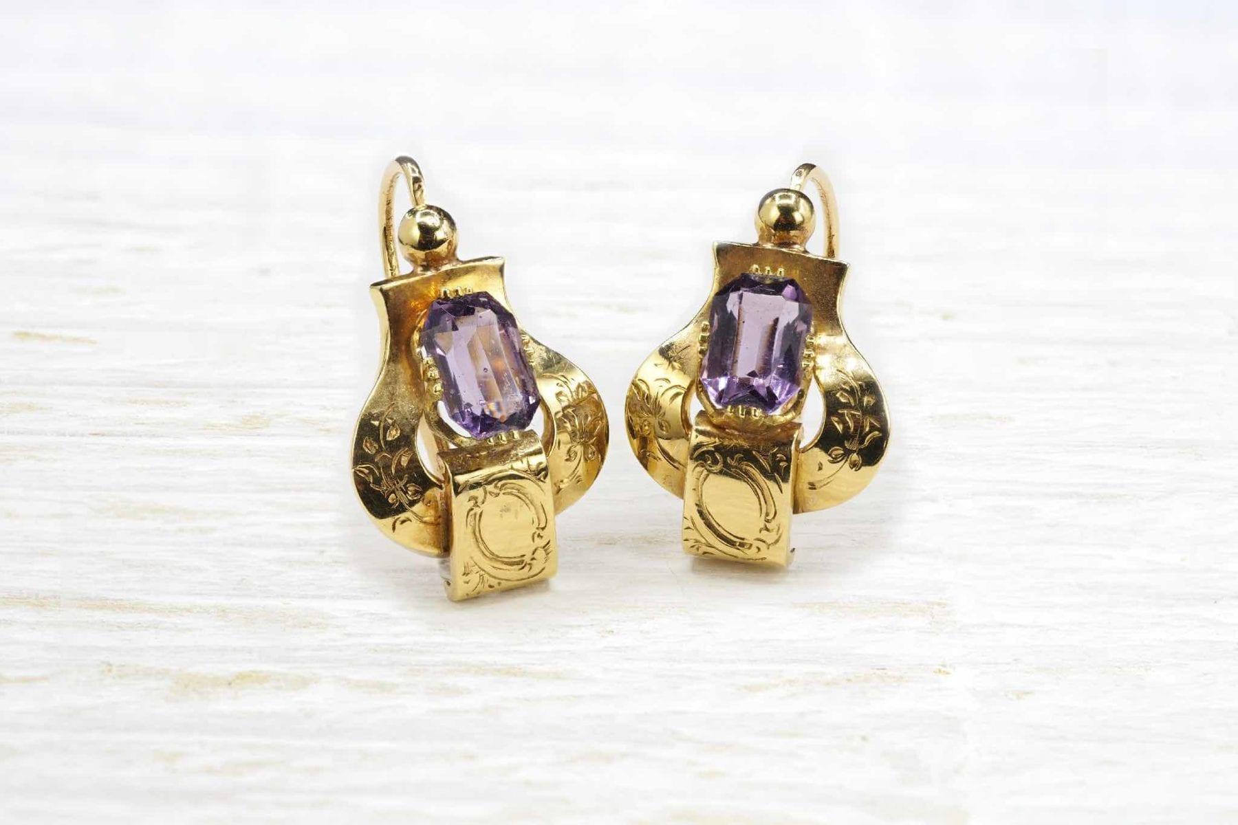 Boucles d'oreilles améthystes en or jaune 18k