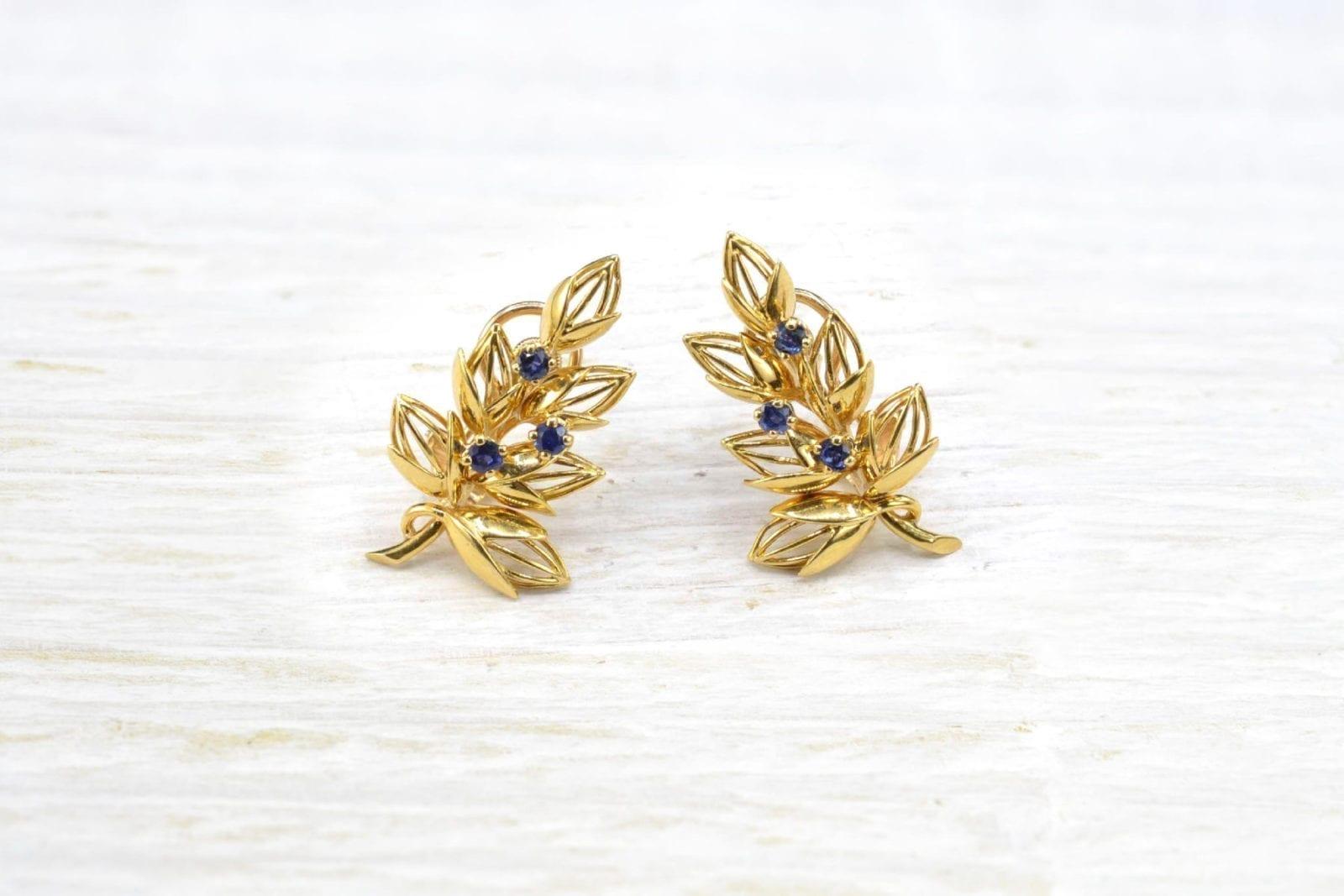 Boucles d'oreilles saphirs en or jaune 18k